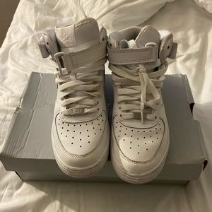 White Airforce Ones High